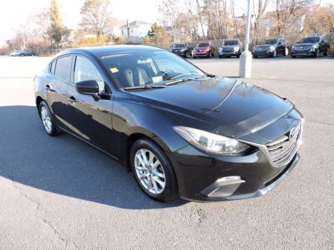 Pre-Owned 2014 Mazda3 i Touring FWD 4dr Car